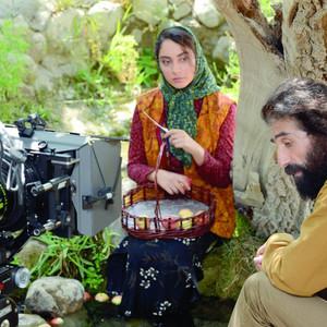 ترلان پروانه و علی قوی تن در پشت صحنه فیلم «رویای سهراب»