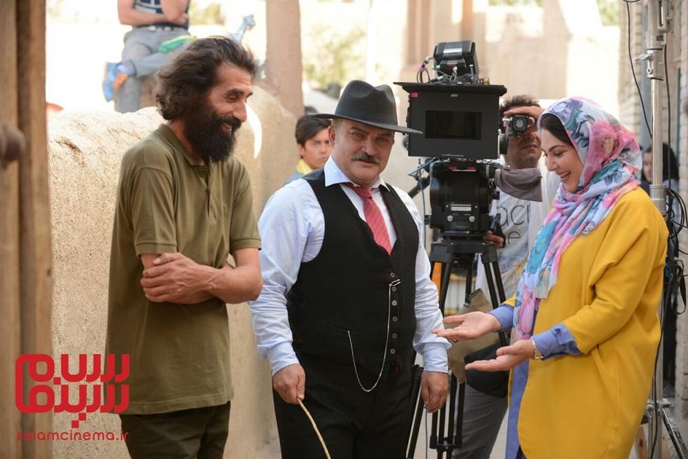 علی قوی تن، لاله اسکندری و مهدی سلطانی در پشت صحنه فیلم «رویای سهراب»