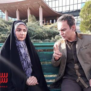 حمیدرضا آذرنگ و سارا صوفیانی در سریال «روزهای بی قراری 2»