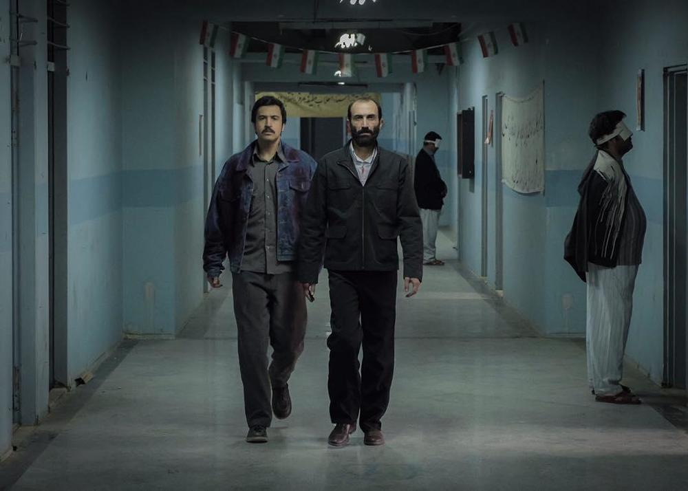 هادی حجازی فر و مهرداد صدیقیان در فیلم «ماجرای نیمروز»