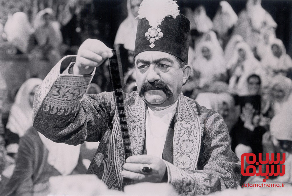عزت الله انتظامی در فیلم «ناصرالدین شاه آکتور سینما»
