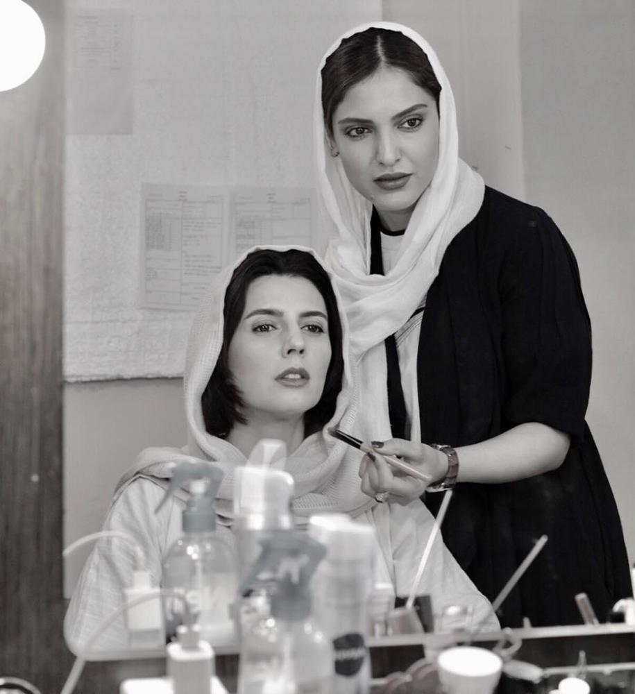 لیلا حاتمی و رکسانا نیک پور در پشت صحنه فیلم «بمب یک عاشقانه»