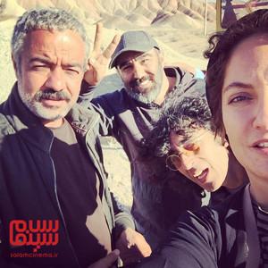 مهناز افشار، سعید آقاخانی، محسن تنابنده و تورج اصلانی در پشت صحنه فیلم «قسم»