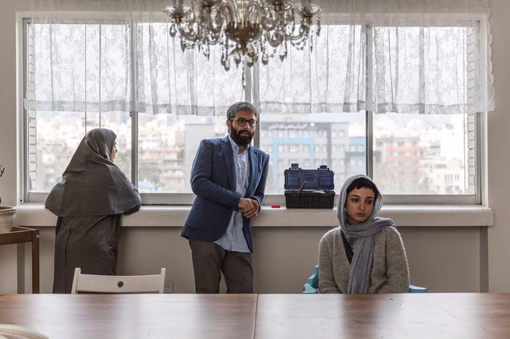ندا جبرائیلی و صابر ابر در فیلم کوتاه «در بین»