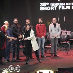 سوگل رضوانی برنده جایزه بهترین کارگردانی فیلم داستانی برای «رورانس» از جشنواره فیلم کوتاه تهران