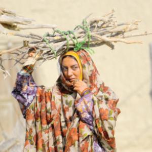 حمیرا ریاضی در نقش زن بلوچ پاکستانی در فیلم شرفناز