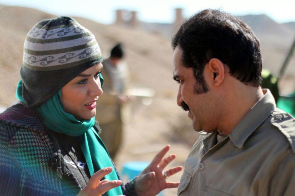 افشین هاشمی و مریم دوستی در پشت صحنه فیلم «دریاچه ماهی»