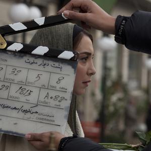 سحر جعفری جوزانی در پشت صحنه فیلم «پشت دیوار سکوت»