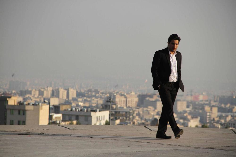 نمایی از فیلم «هفت ماهگی» با بازی حامد بهداد