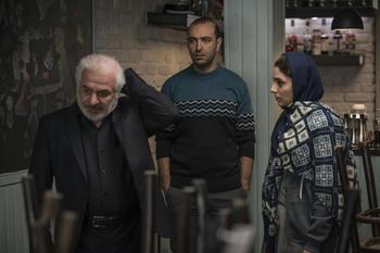هستی مهدوی فر، مهران نائل و فرید سجادی حسینی در فیلم «آذر»