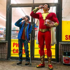 زکری لیوای و جک دیلان گریزر در فیلم «شزم» (Shazam)