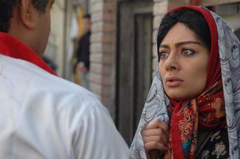 یکتا ناصر در فیلم «کارگر ساده نیازمندیم»