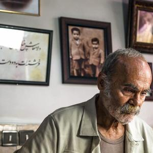 جمشید هاشم پور در فیلم سینمایی «انزوا»
