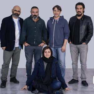 پارسا پیروزفر، سهیل مستجابیان، باران کوثری، حسن معجونی و حسین مهکام در پشت صحنه «بی حسی موضعی»