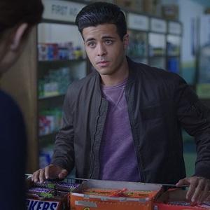کریستین ناوارو در سریال «13 دلیل برای اینکه» (13 Reasons Why)