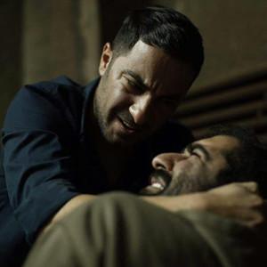 نوید محمدزاده در فیلم «متری شیش و نیم»