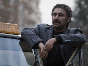 محسن تنابنده در فیلم «فراری»
