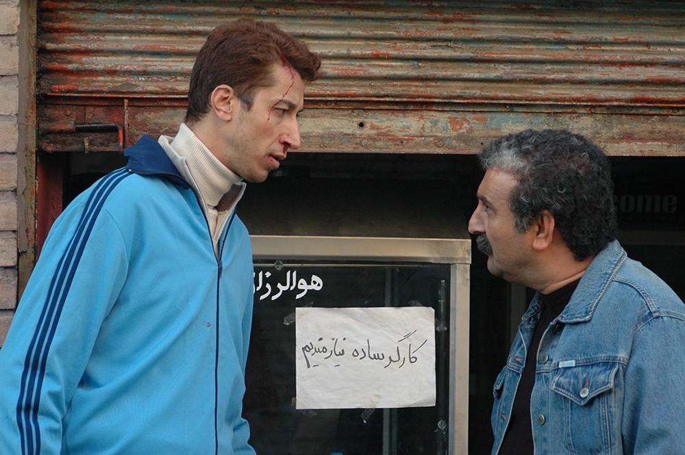 بهرام افشاری و مهران احمدی در فیلم «کارگر ساده نیازمندیم»
