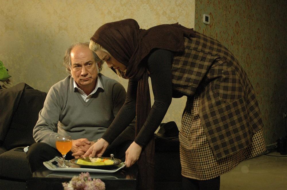 سحر قریشی و آتیلا پسیانی در فیلم سینمایی «کارگر ساده نیازمندیم»
