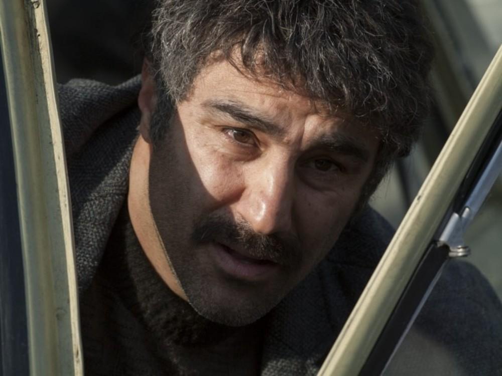 محسن تنابنده در نمایی از فیلم سینمایی «فراری»