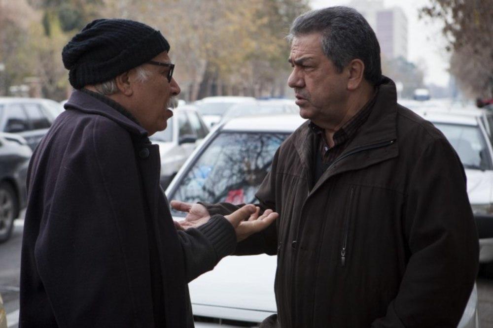علیرضا داوودنژاد و جهانگیر کوثری در پشت صحنه فیلم «فراری»