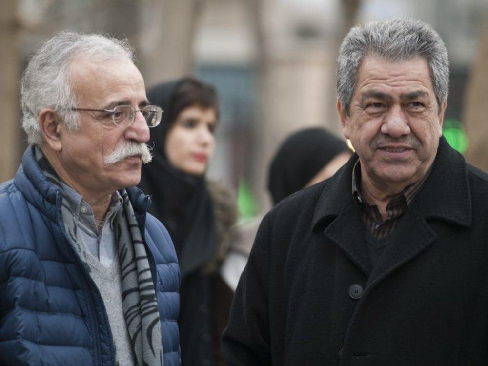 عبدالله اسکندری و جهانگیر کوثری در پشت صحنه فیلم «فراری»