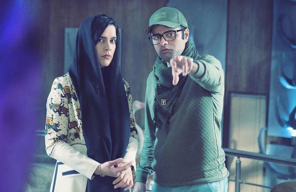 کاظم ملایی و نازنین فراهانی در پشت صحنه فیلم «کوپال»