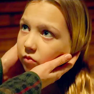 ایزابل نلیس در نمایی از فیلم «داستان»