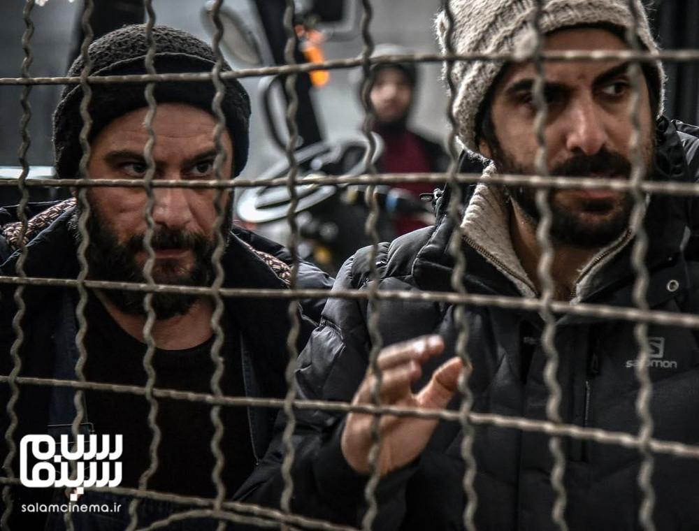 شهرام حقیقت دوست و پولاد کیمیایی در پشت صحنه فیلم «معکوس»