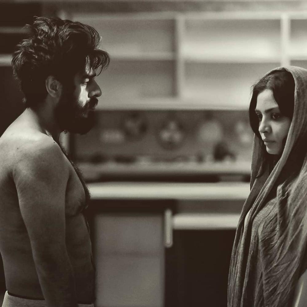 پوریا شکیبایی و صحرا اسدالهی در فیلم کوتاه «دژاوو»