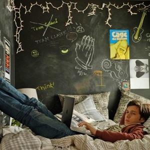 نیک رابینسون در نمایی از فیلم «با عشق، سایمون» ( Love, Simon)