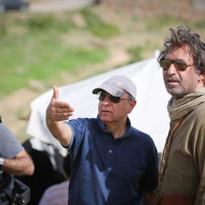 حمید فرخ نژاد و محمدرضا هنرمند در پشت صحنه فیلم «سمفونی نهم»