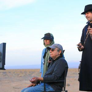حمید فرخ نژاد و محمدرضا هنرمند در پشت صحنه فیلم سینمایی «سمفونی نهم»