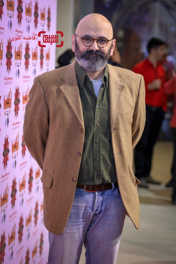 حبیب رضایی در اکران مردمی فیلم «بمب یک عاشقانه» در باغ کتاب
