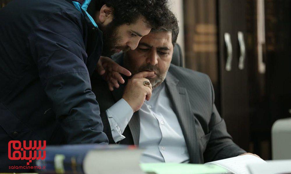 فرهاد اصلانی و سعید روستایی در پشت صحنه فیلم «متری شیش و نیم»