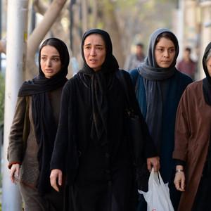 پانته آ پناهی ها، شادی کرمرودی، ندا جبرائیلی و حمیرا نونهالی در فیلم «جمشیدیه»