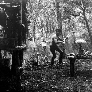 مارتین شین و سیسی اسپیسک در فیلم جنایی «زمین های لم یزرع» (Badlands)
