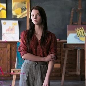 آنیا تیلور جوی در فیلم سینمایی «گلس» (Glass)