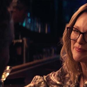 فیلم سینمایی «گلوریا بل» (Gloria Bell) با بازی جولیان مور