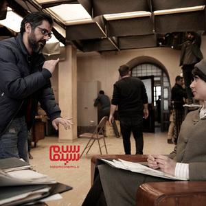 نیما جاویدی و پریناز ایزدیار در پشت صحنه فیلم «سرخ پوست»