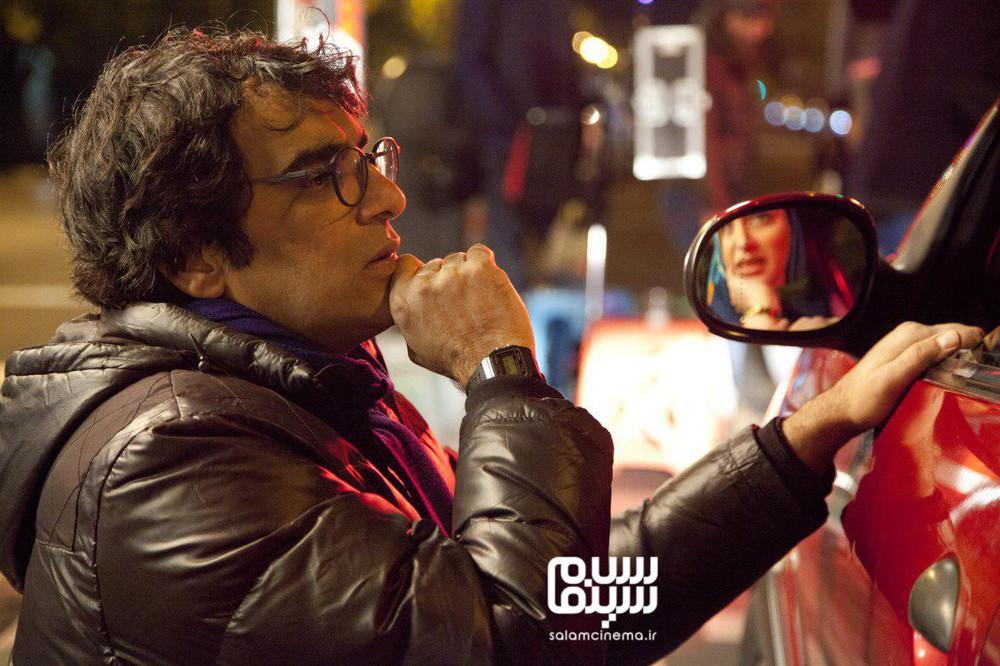 رضا زهتابچیان در پشت صحنه فیلم «دیدن این فیلم جرم است!»