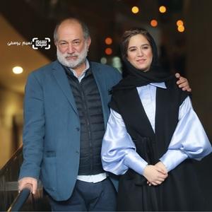 ستاره پسیانی و پدرش آتیلا پسیانی در اکران فيلم «غلامرضا تختی» در جشنواره فجر 37