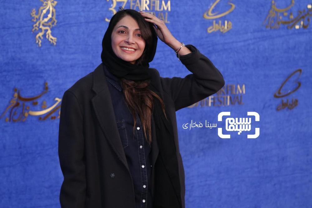 نیلوفر خوش خلق در اکران فیلم «سال دوم دانشکده من» در جشنواره فیلم فجر 37
