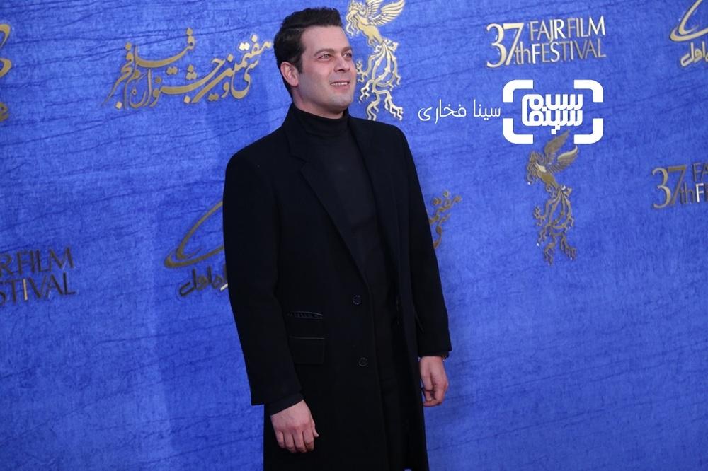 پژمان بازغی در اکران فیلم «تیغ و ترمه» در جشنواره فیلم فجر 37