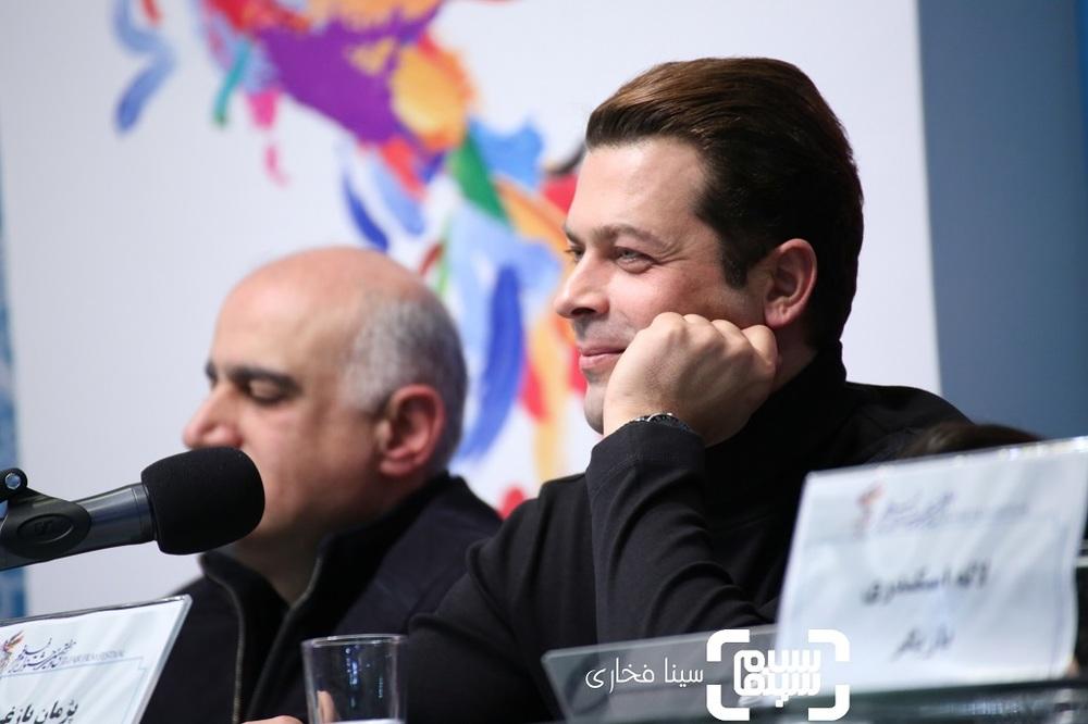 پژمان بازغی در نشست خبری فیلم «تیغ و ترمه» در جشنواره فیلم فجر 37