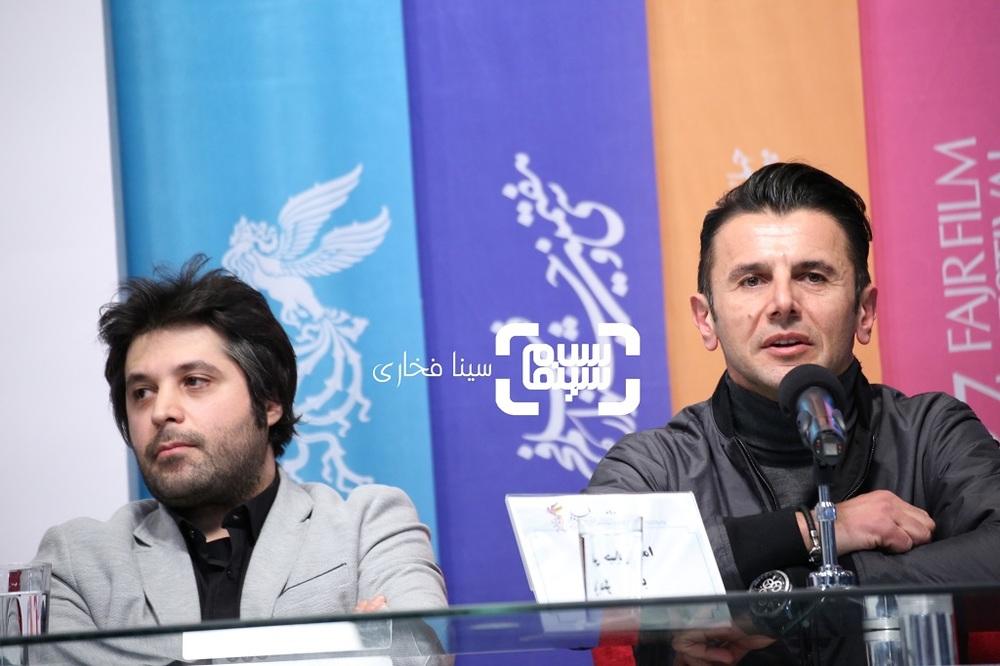 سیاوش اسعدی و امین حیایی در نشست خبری فیلم «درخونگاه» در جشنواره فیلم فجر 37
