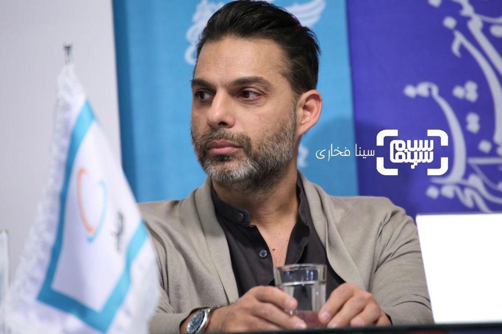 پیمان معادی در نشست خبری فیلم «ناگهان درخت» در جشنواره فیلم فجر 37