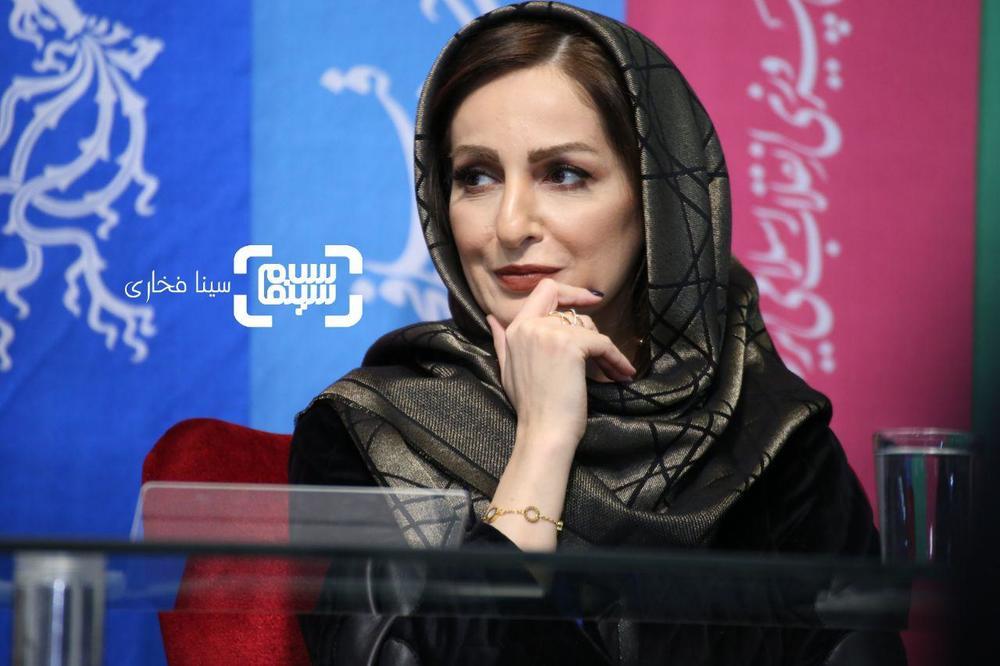 شقایق دهقان در نشست خبری فیلم «ناگهان درخت» در جشنواره فجر 37
