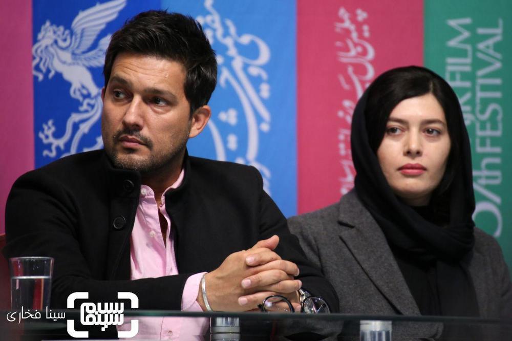حامد بهداد و ژیلا شاهی در نشست خبری فیلم «قصر شیرین» در جشنواره فجر 37