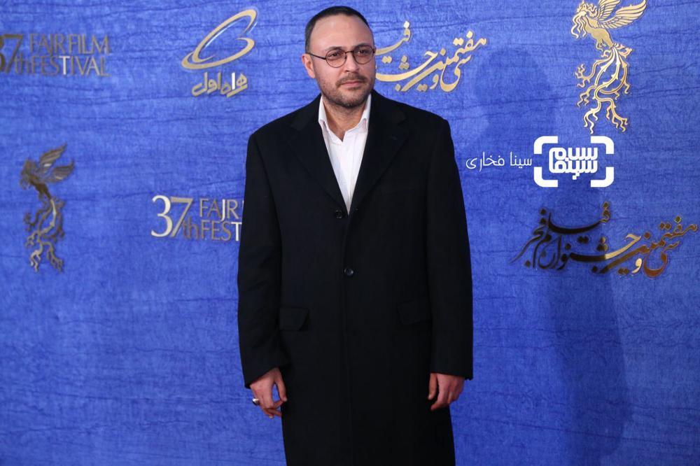 علیرضا کمالی در اکران فیلم «سمفونی نهم» در جشنواره فجر 37
